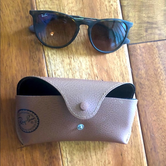 Ray Ban Sunglasses and case